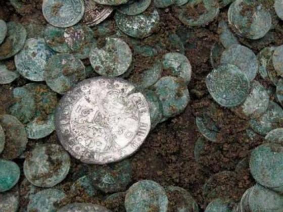 serebrynye-monety-klad